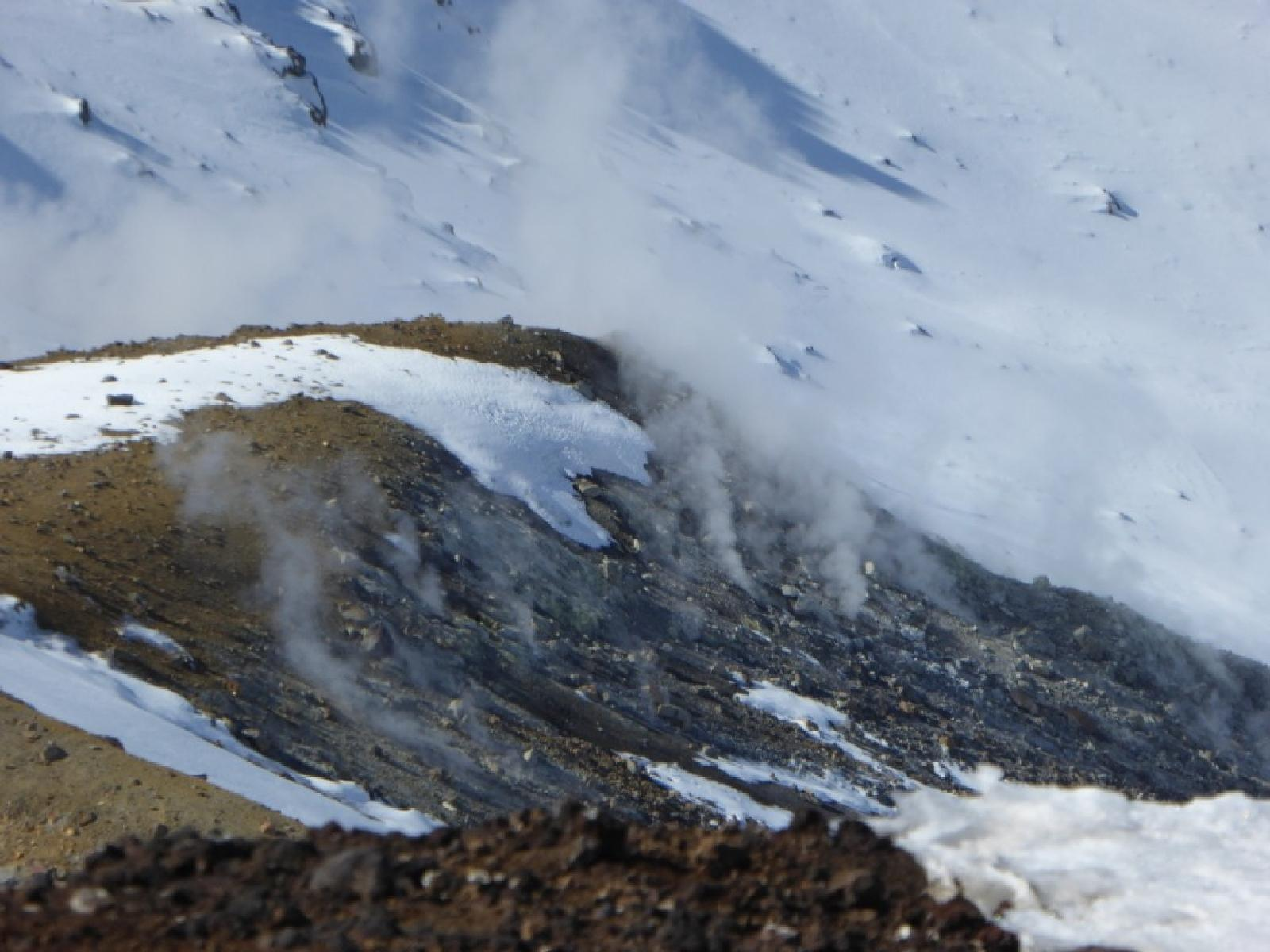 Фото Red Crater