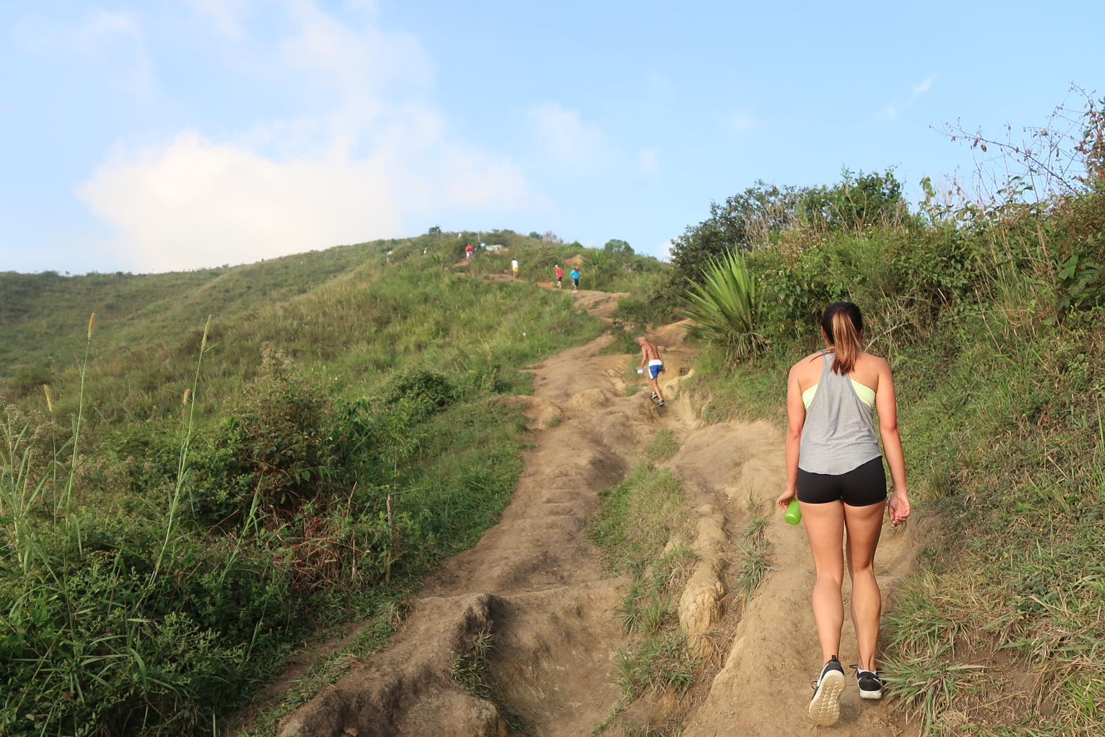 Foto de Hiking Cerro de las Tres Cruces, Medellin's Top Outdoor Fitness Spot (Literally!)
