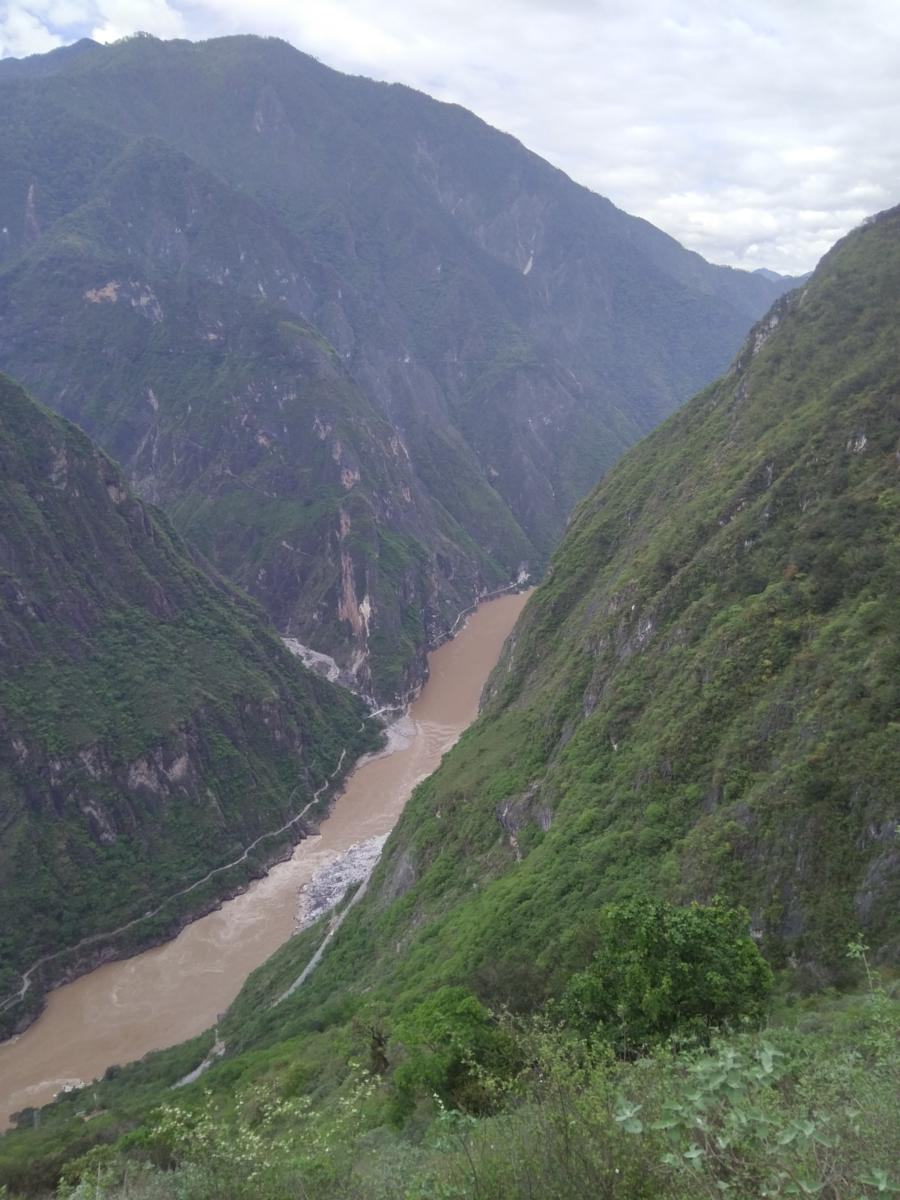 Photo de Tiger leaping gorge in One Day