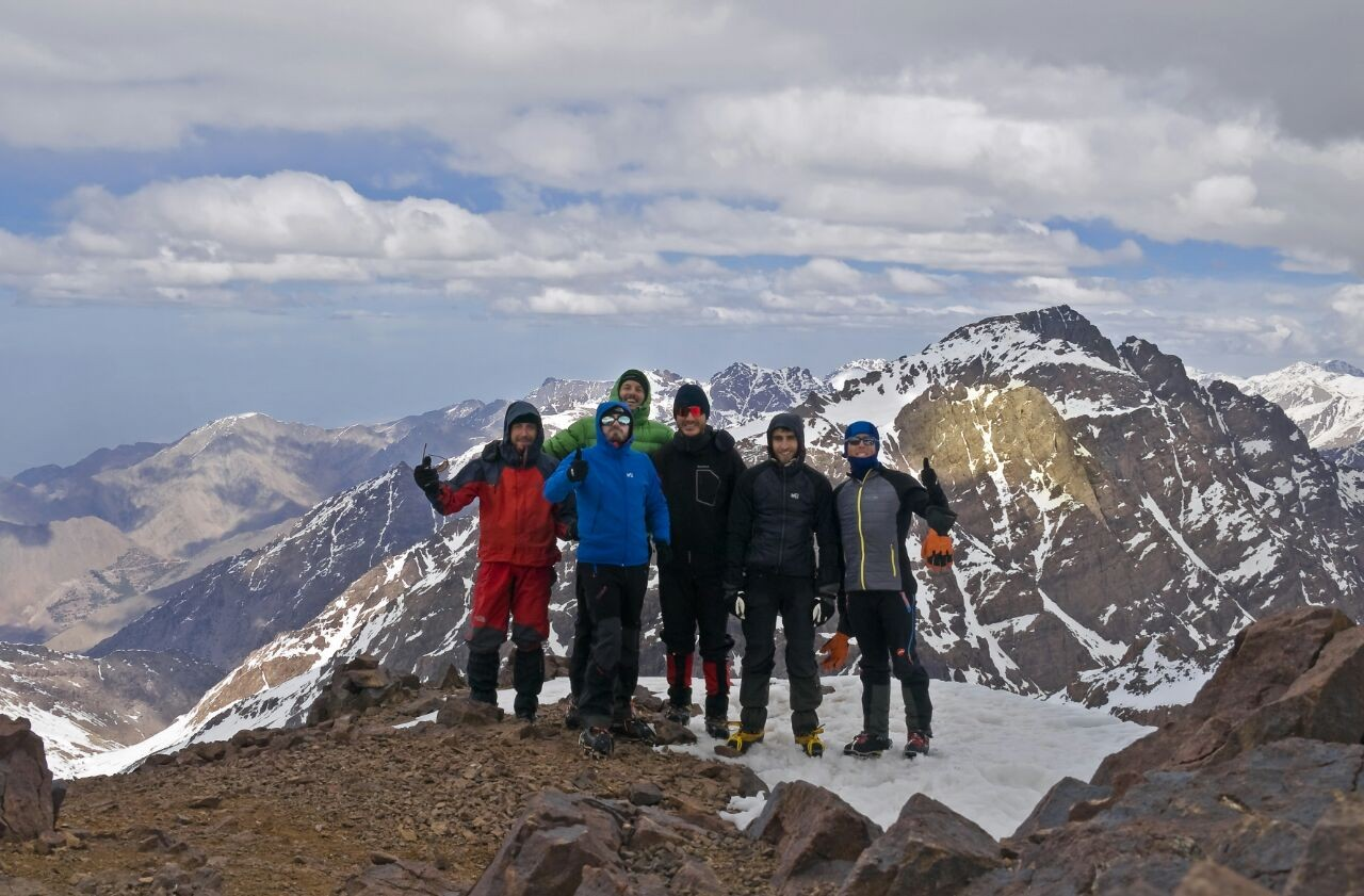 Photo of Atlas invernal (Marruecos): Refugio Les Mouflons du Toubkal - cima Ras (4.083m) por el corredor NE
