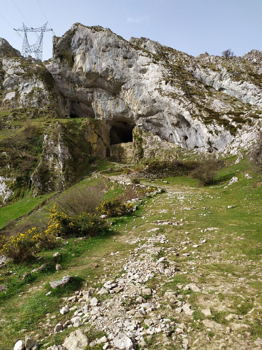 Photo of Cave