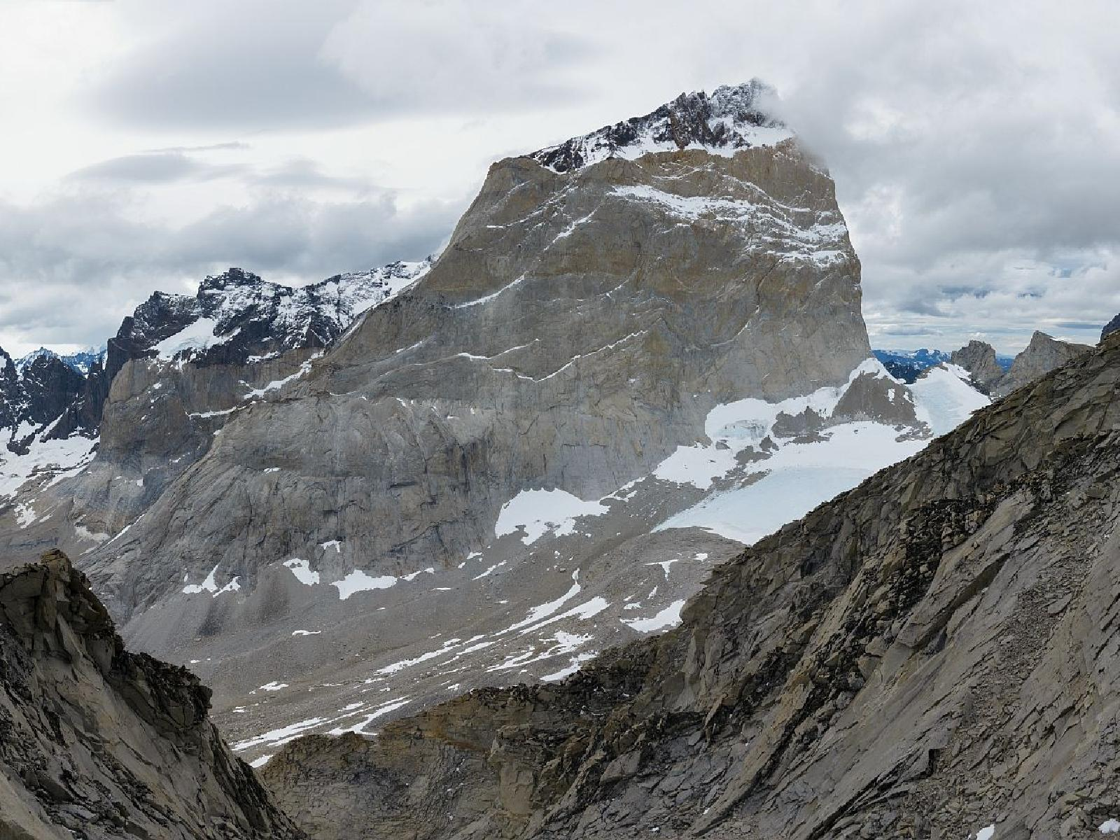 Photo of Paine W, with three summits