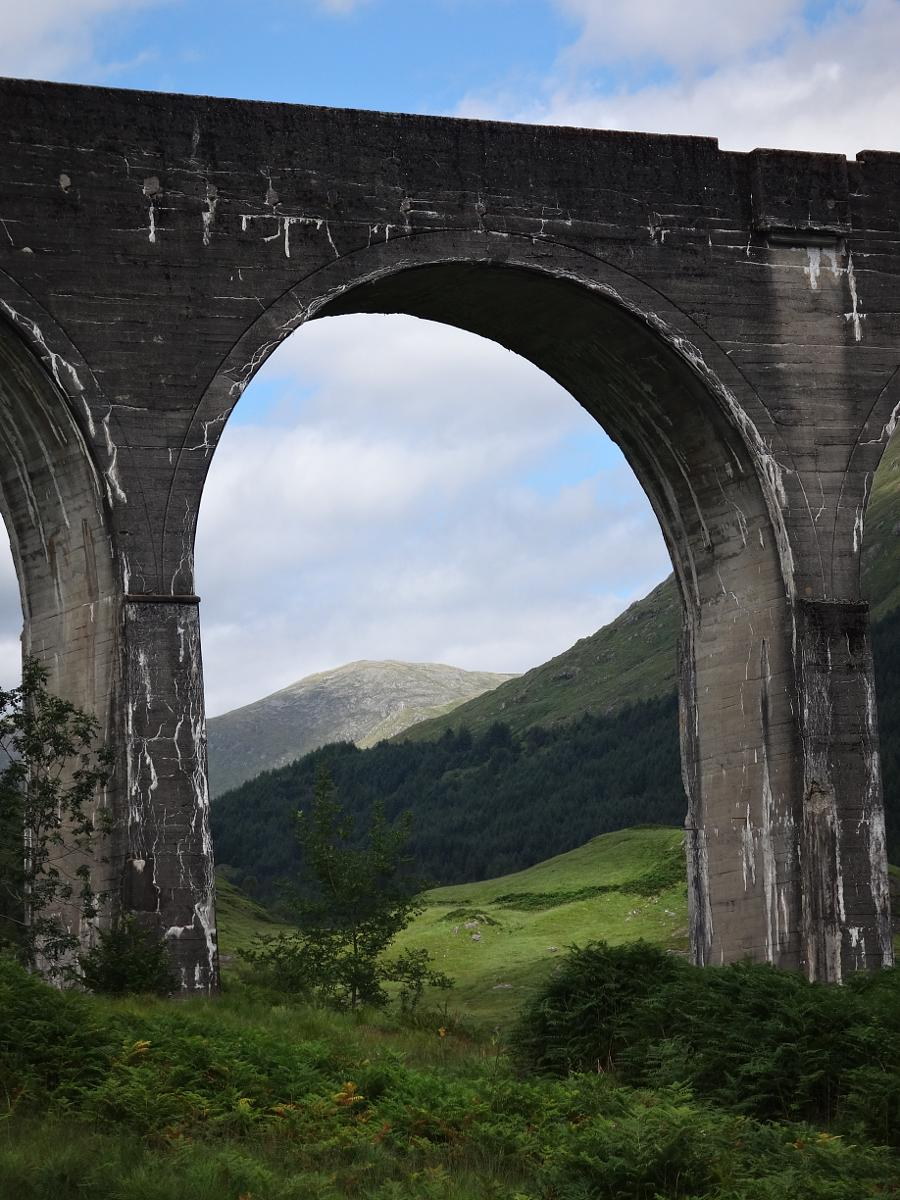 Φωτογραφίες Glenfinnan viaduct and monument roundtrip 5.5 km