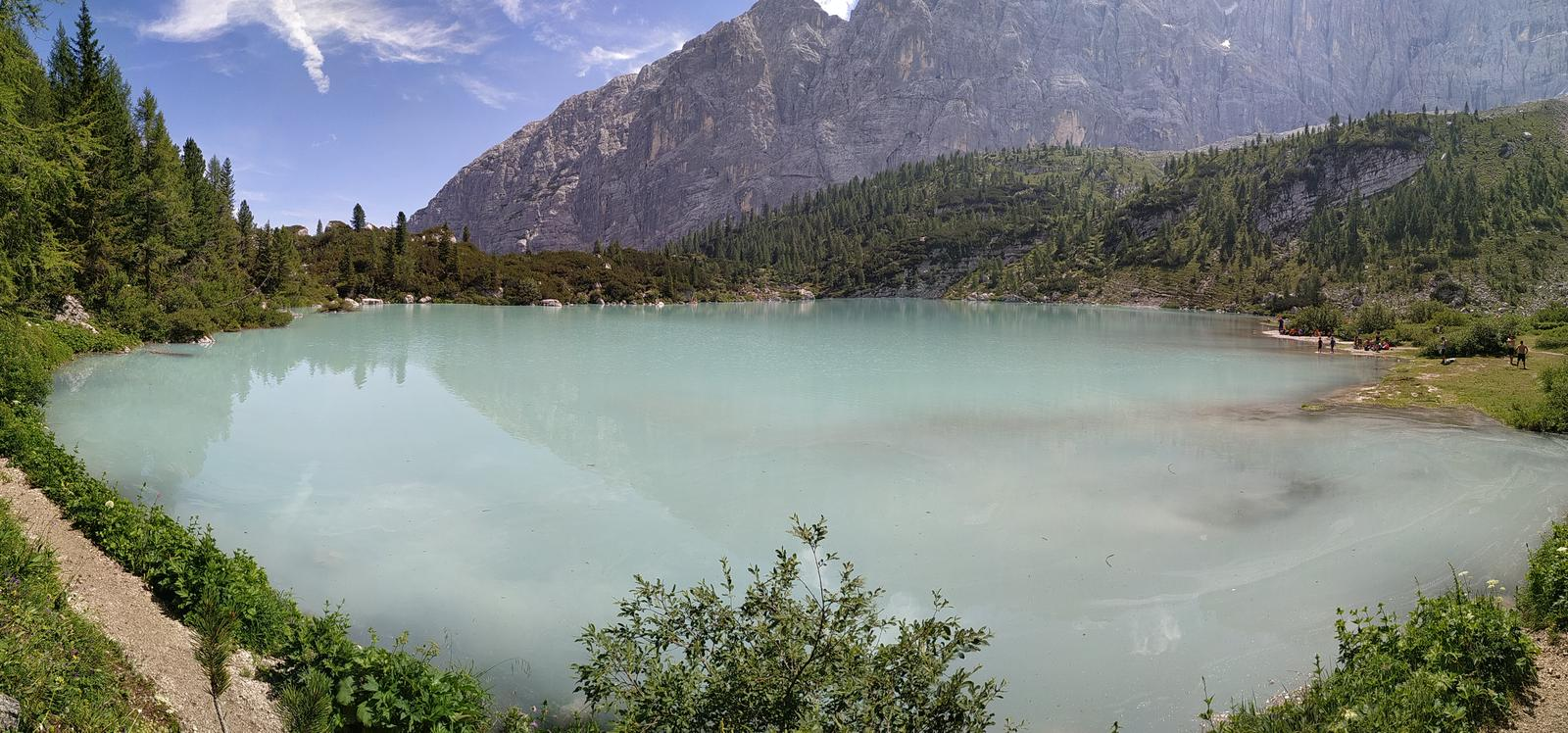 Photo of Lago Sorapiss
