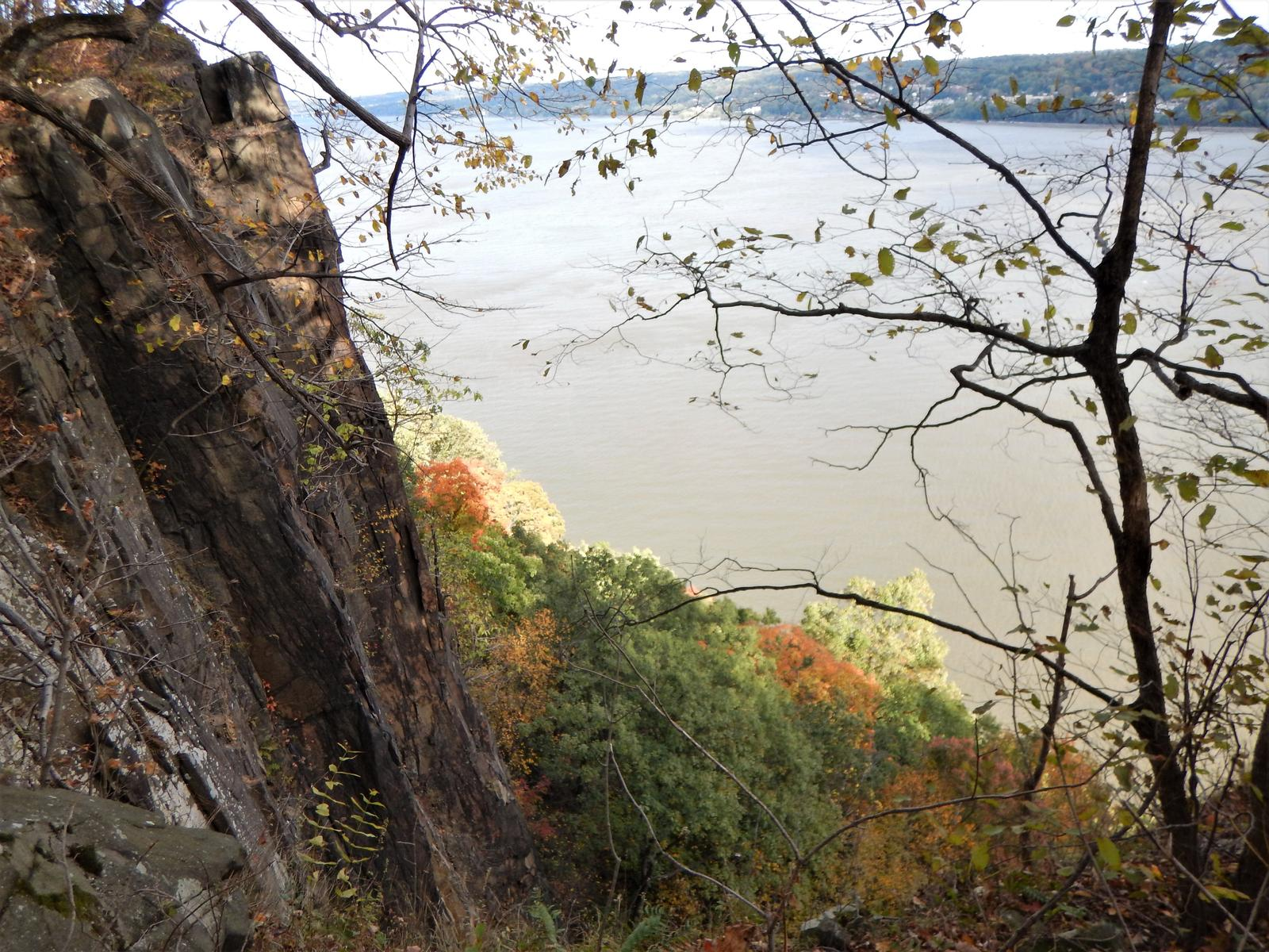 Foto de ESTADOS UNIDOS - NEW JERSEY / NEW YORK - Palisades Interstate Park. Giant Stairs. Long Path - Shore Trail - Forest View Trail