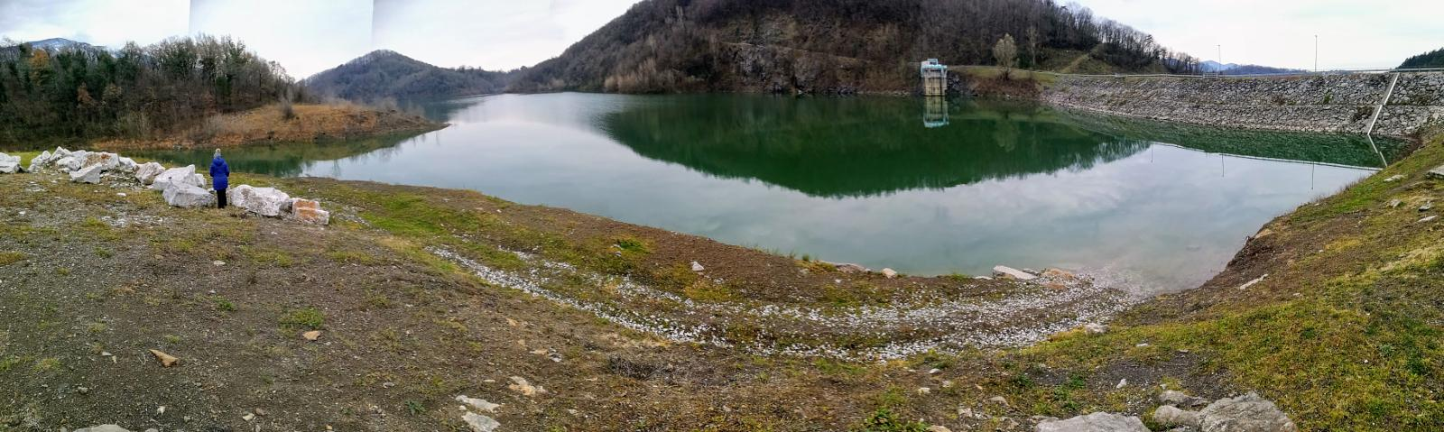 Photo of Vogrsko e il lago Vogršček