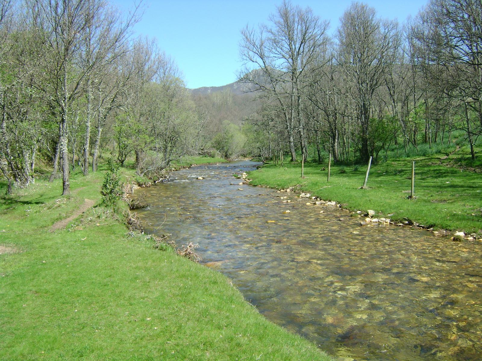 Photo of La Hiruela - Ruta de Molino a Molino y Dehesa