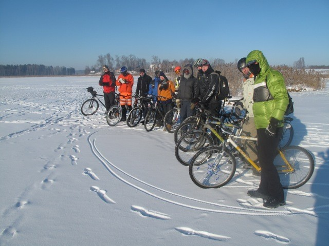 Photo of Winter cycling on Loja river