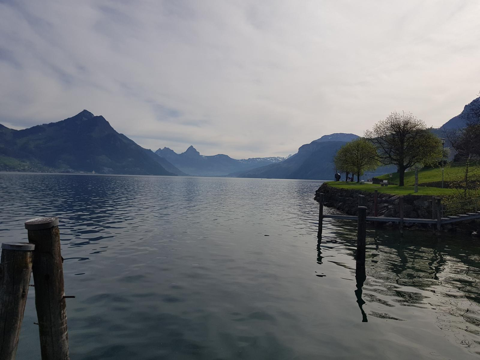 Foto de Vierwaldstättersee from Oberdorf Part 2