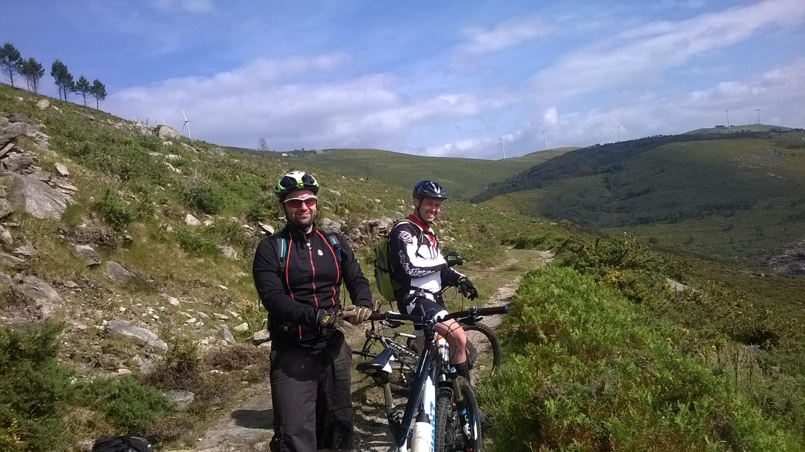Photo of  20 MAY 2015  Monte Faro con remate del Tramo portugués  de la Big Ride Eurocidade