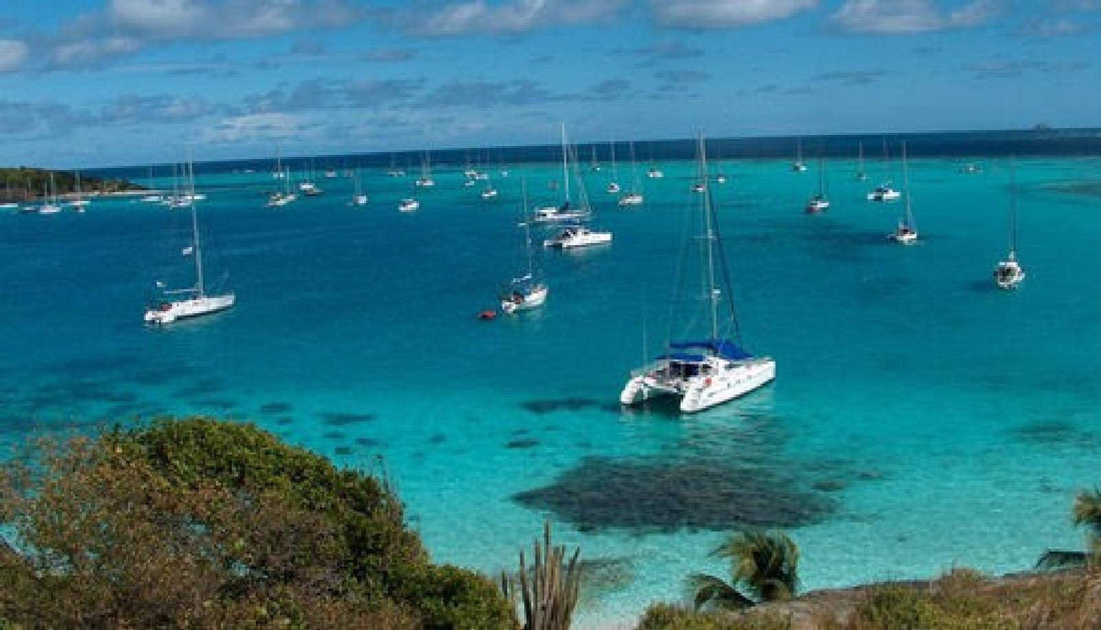 Foto af HYC 14 Day Itinerary - Grenada to St. Vincent - Day 8 - Tobago Cays