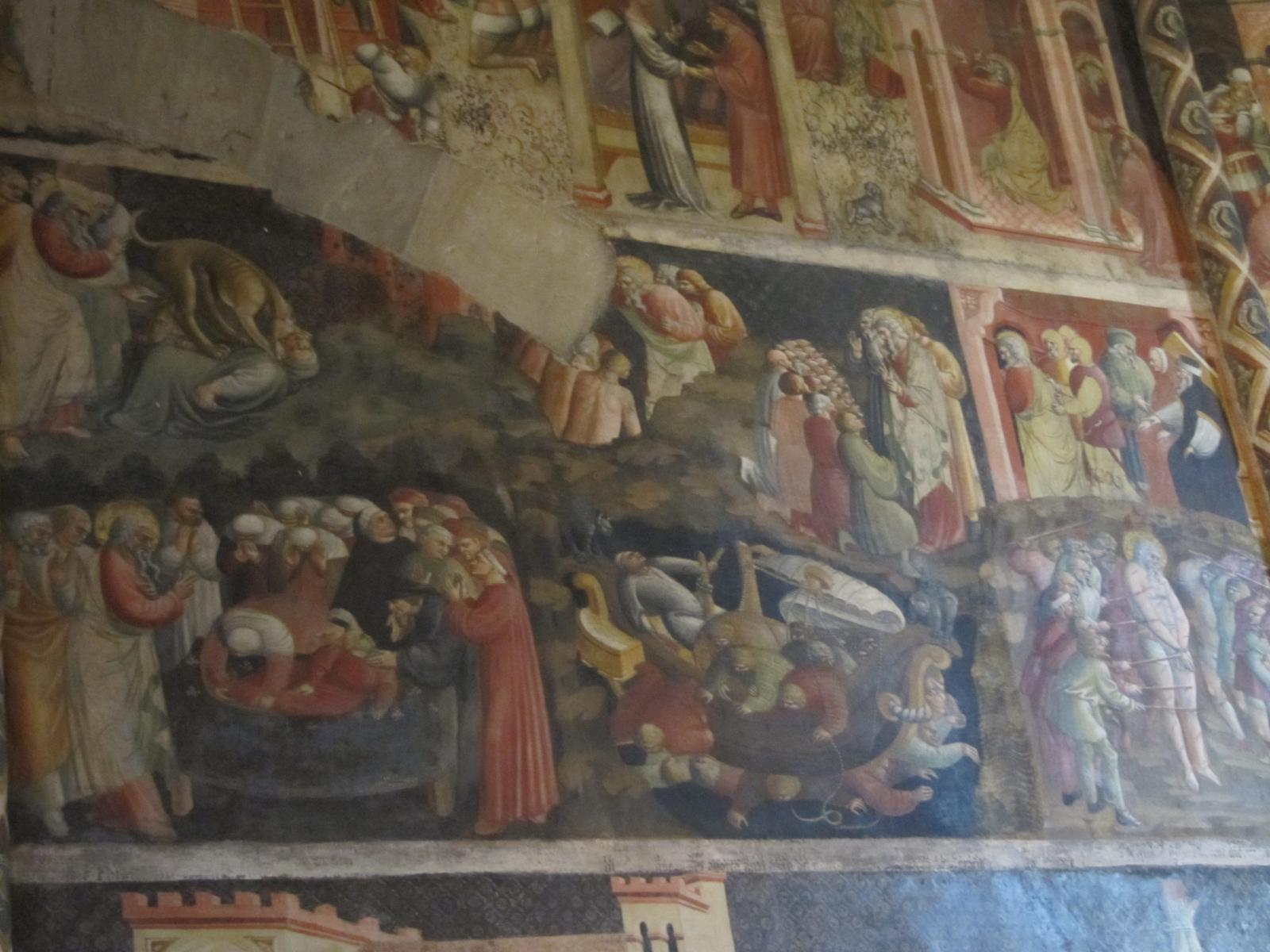 Foto di frescoes from Cappella Comune